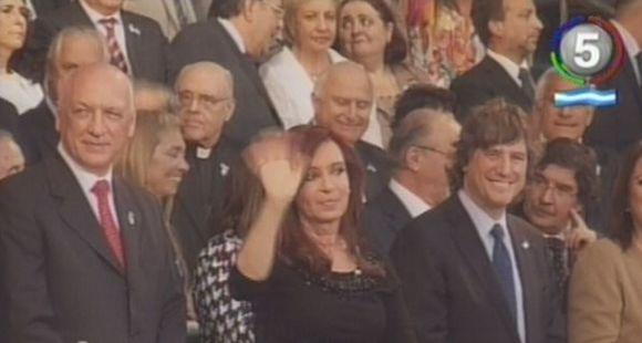 Defender la Bandera es defender al Estado y a los 40 millones de argentinos