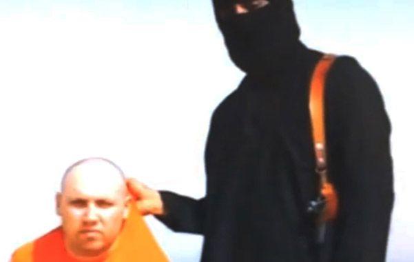La madre del periodista secuestrado por yihadistas implora por su vida