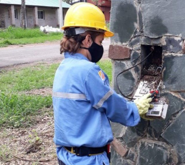Timbúes. La EPE detectó las conexiones ilegales en un exclusivo barrio cerrado.