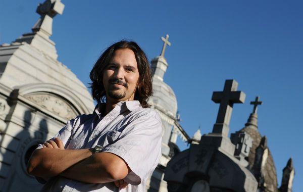 El historiador colombiano Diego Bernal Botero es integrante de la Red Iberoamericana de Cementerios. (Foto: F. Guillén).