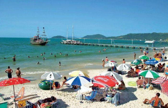 Las playas de Canasvieiras son visitadas por miles de argentinos.