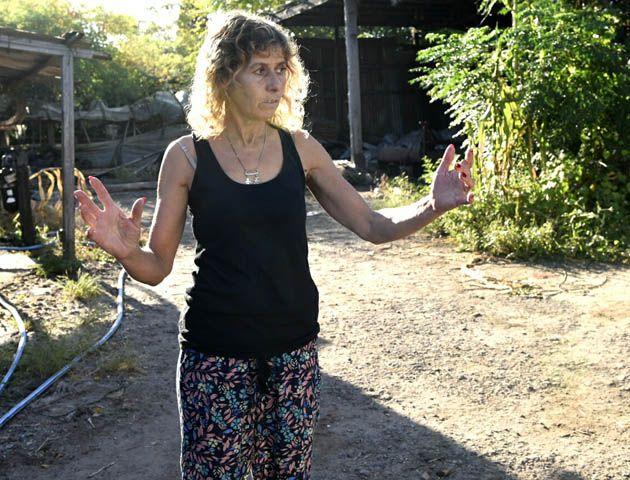 La hermana de Carlos Cordero estuvo a merced de los delincuentes en su casa. (Foto La Capital/Celina M. Lovera)