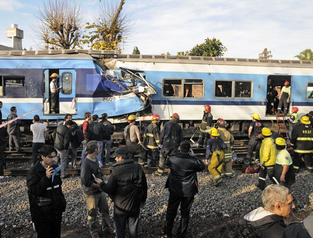 Los cuatro empleados de la línea Sarmiento se encuentran detenidos e incomunicados.