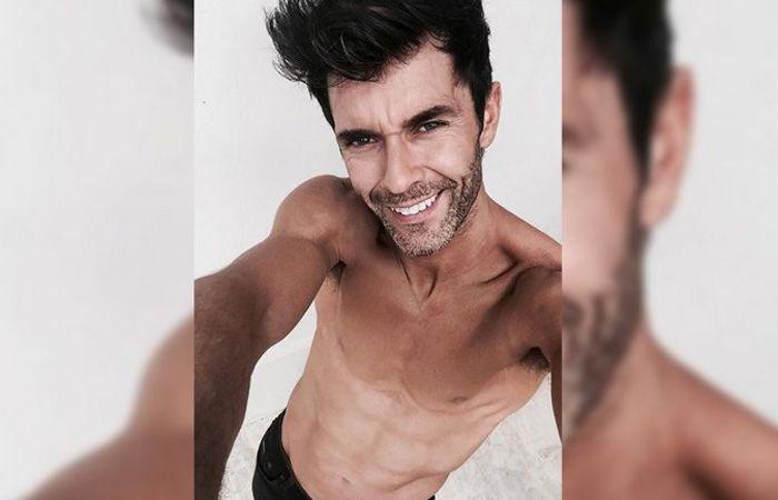 Mariano Martínez sigue subiendo fotos calientes para mostrar su estado físico.