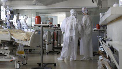 La situación de las áreas de cuidados intensivos es hipercrítica, aseguran desde la provincia.