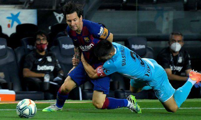 Messi marcó un gol para el triunfo de Barcelona y está a uno de los 700