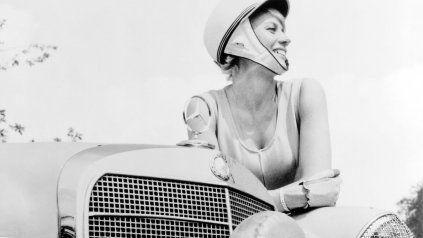 Lejos de lavar los platos, la historia de la conductora que marcó un récord para Mercedes