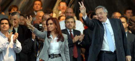 Kirchner asumió en el PJ pero sin hablar: le cedió la palabra a Cristina
