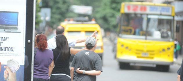 Colectiveros denuncian que los barrios deben pagar peajes a los delincuentes