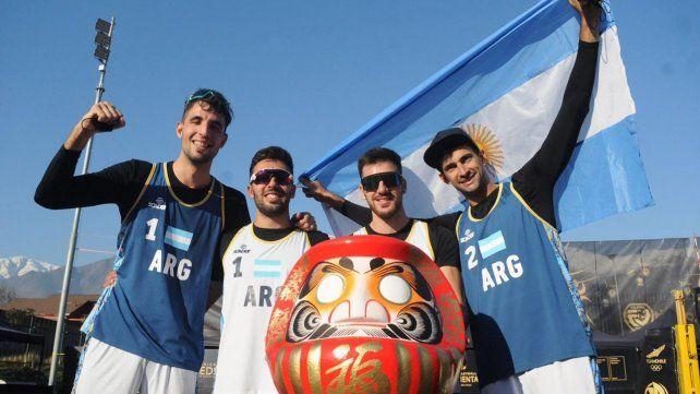 El rosarino Nicolás Capogrosso (a la izquierda de la foto) y Julián Azaad (derecha) serán olímpicos por primera vez.