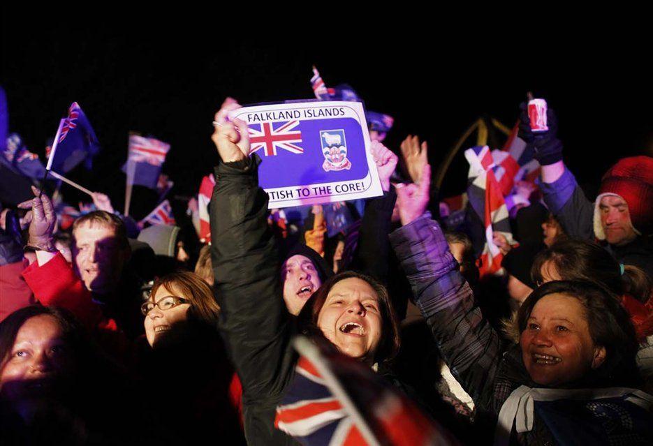 Enojo es lo que se vive hoy entre los isleños luego de que el gobierno de Gran Bretaña enviara documentos oficiales denominando Malvinas en lugar de Falklands