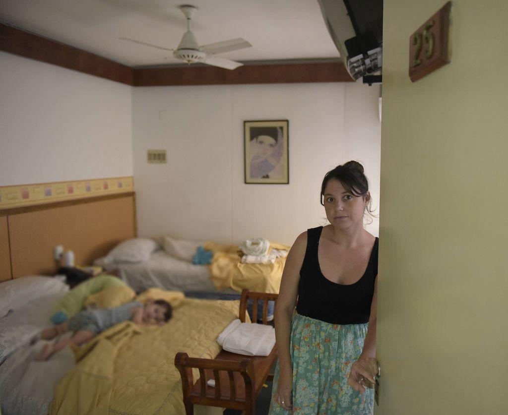 pedido. Gabriela y su familia solicitan vivir durante un tiempo en un apart hotel. (Héctor Rio / La Capital)