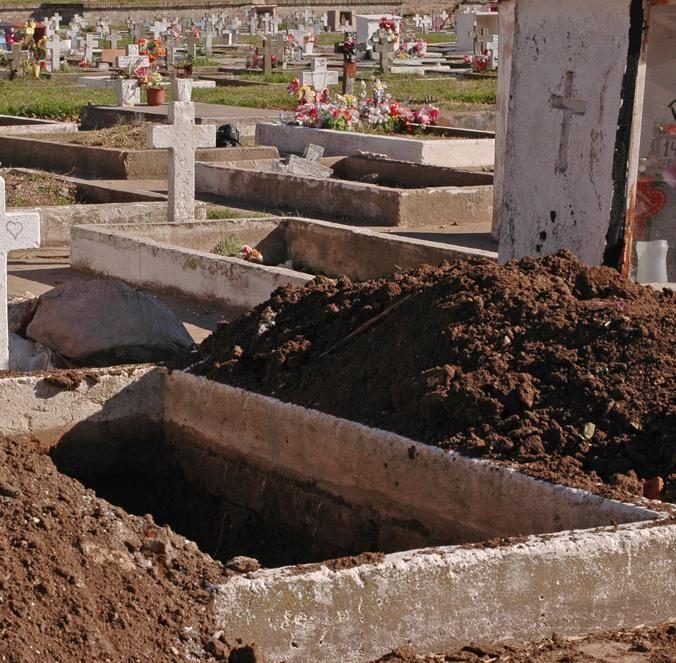 Por mes se realizan unas 70 inhumaciones gratuitas en toda la ciudad. (Foto: S. Salinas)