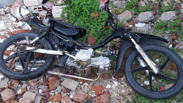 La motocicleta siniestrada fue embestida por un Ford Focus.