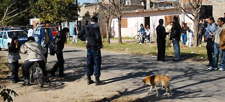 Procesan a un policía que ejecutó a un joven ante testigos en zona oeste
