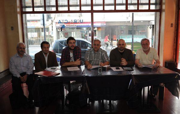 La izquierda rosarina en sus diferentes representaciones políticas expuso su rechazo a modificar el sistema electoral en Santa Fe.