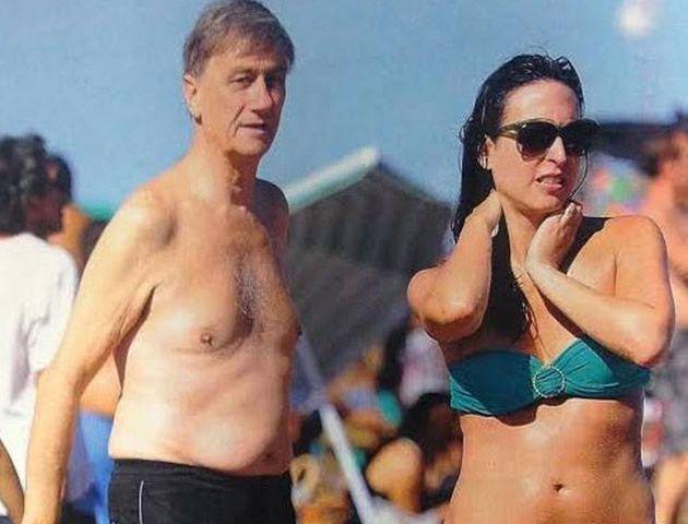 Binner y su pareja María Soledad Delgado fueron fotografiados en las playas de Mar del Plata.