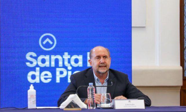 El gobernador Omar Perotti pedió redoblar esfuerzos para frenar el avance del coronavirus.