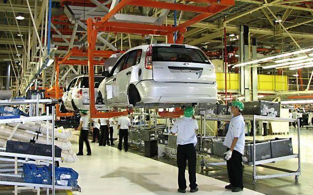 La industria automotriz proyecta aumentar un 70% la producción el año próximo