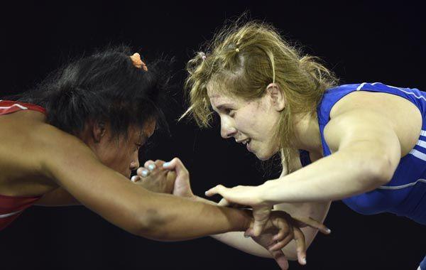 Luz Vázquez en el combate que le dio la medalla de bronce