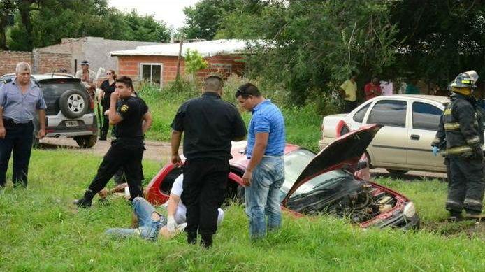Los vecinos de San Lorenzo aseguraron que la persecución policial culminó con una lluvia de balas.