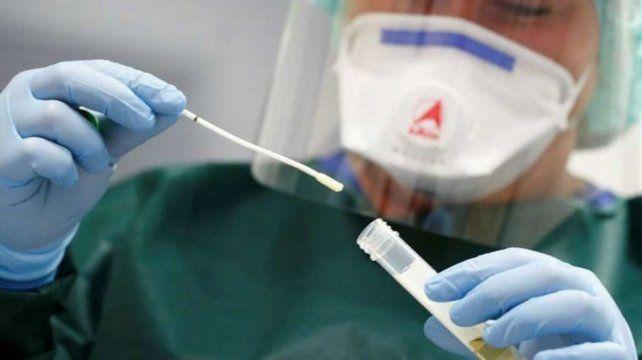 Japón acusa a China de causar sufrimiento psicológico por los hisopados anales