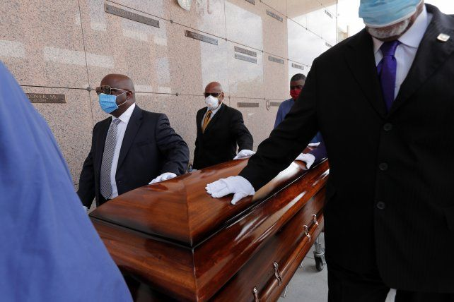 El entierro de un afroestadounidense víctima de Covid en Nueva Orleáns. Esta minoría ha sufrido una tasa de muertes desproporcionada entre gente relativamente joven.
