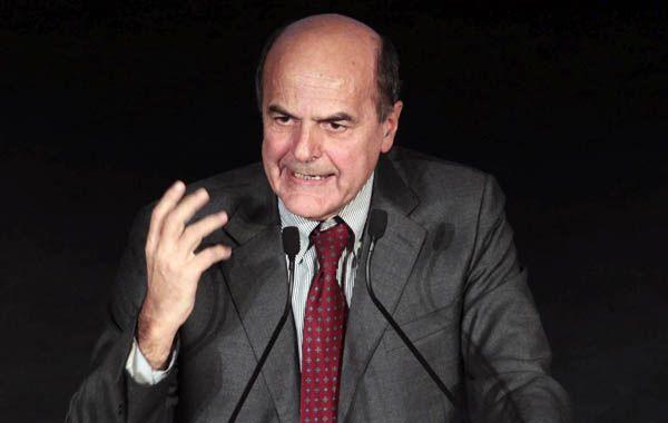 El experimentado Pier Luigi Bersani ganó las primarias del PD con 60% de votos. El centroderecha vive en una honda crisis.
