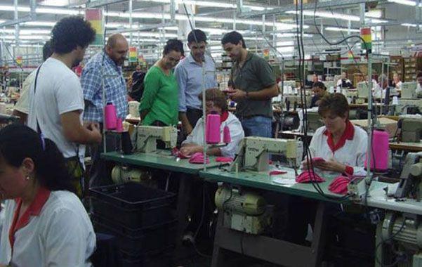 Apuestan a nuevas líneas de labor. En la cooperativa revistan más de 60 personas y ya se trabaja para 4 marcas.
