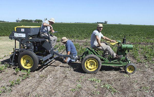 La Suri Pesa 480 kilos. Uno de los modelos para la siembra de granos gruesos.