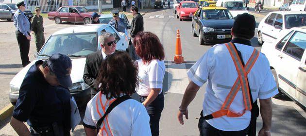 Policías e inspectores de Tránsito montarán operativos en eventos solidarios. (Foto archivo)