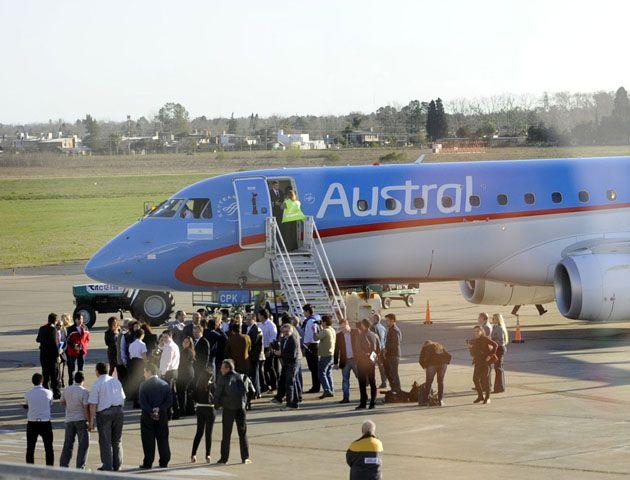 Los vuelos desde el aeropuerto local fueron inaugurados este mes.