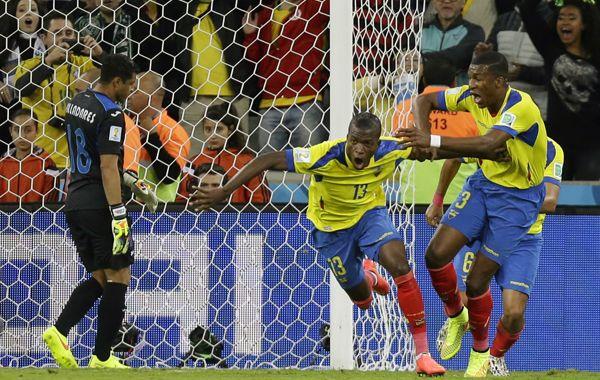 Ecuador venció a Honduras y sigue con chances de pasar a octavos