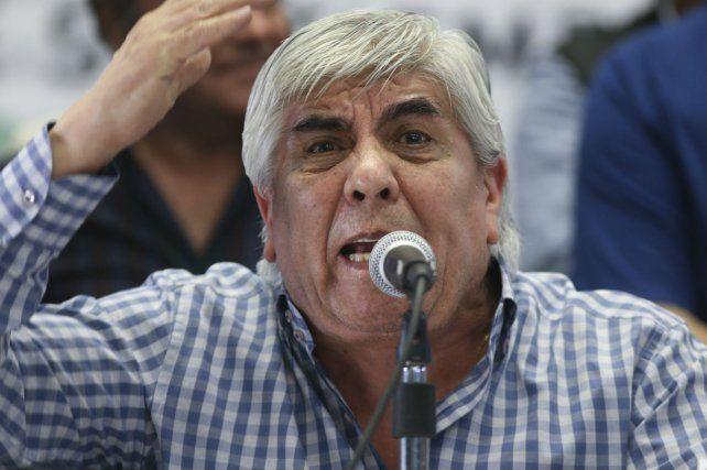 Hugo Moyano modificó su postura y ahora se muestra cercano al kirchnerismo.