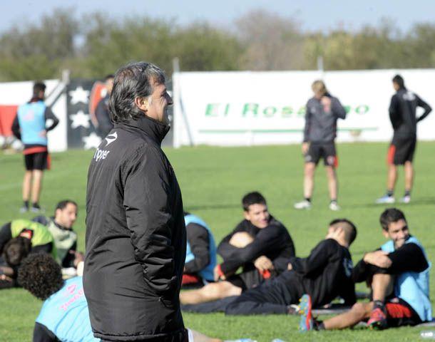Martino encabezó la práctica en Bella Vista. (Foto: S. Suárez Meccia)