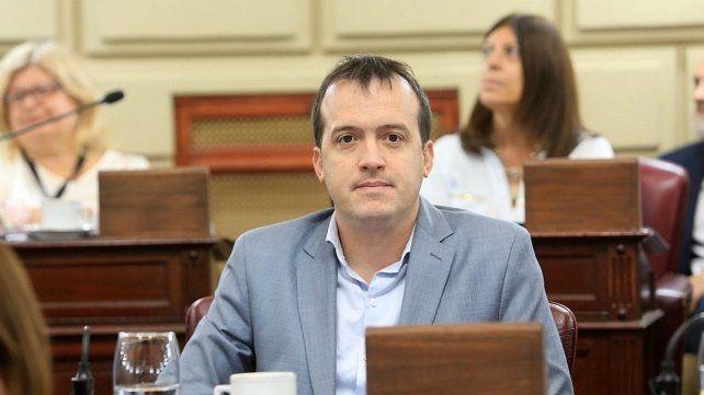 El diputado Blanco (FPCyS) salió al cruce del funcionario provincial.