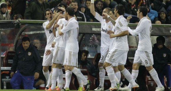 Apareció Cristiano Ronaldo y Real Madrid goleó para recuperar la ventaja en lo más alto del torneo