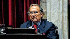 Internaron  en Santa Fe al senador nacional Carlos Reutemann