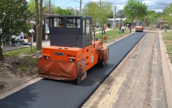 Pavimento. El asfaltado está prácticamente terminado