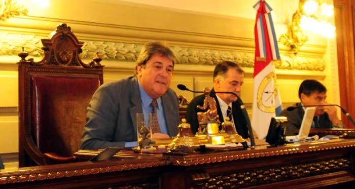 Ratifican a Luis Rubeo como presidente de la Cámara de Diputados