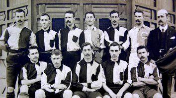 Atlético del Rosario, campeón de la Copa Competencia de 1902, integrado por jugadores ingleses.