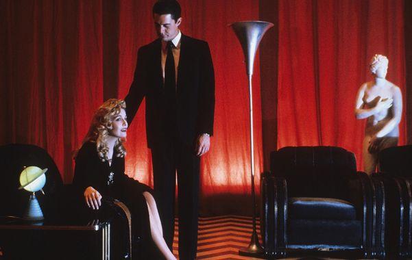 La exitosa y particular historia de suspenso dirigida por David Lynch regresará a la pantalla en 2016 con nueve capítulos.