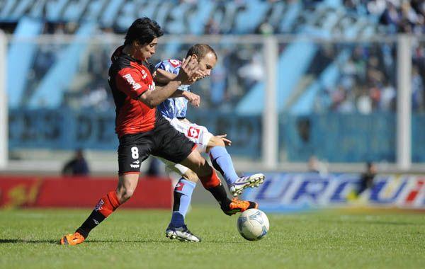 Pérez intenta escapar a Zapata