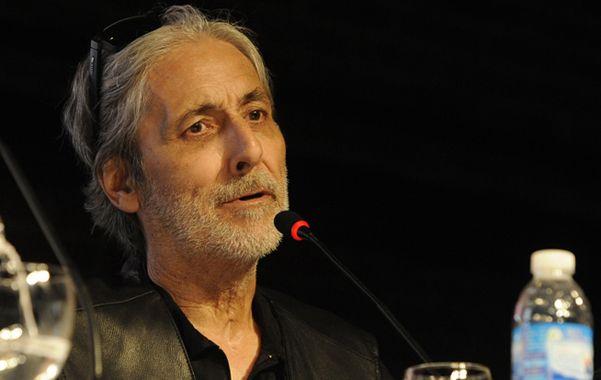 El destacado arquitecto rosarino se llevó la primera ovación de la Bienal.
