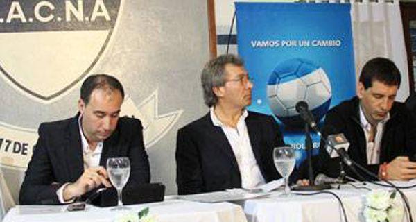 Daniel Vila insistió en Chaco con la necesidad de una verdadera transformación en el fútbol