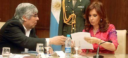 Cristina y Moyano se reunieron en la Rosada con gestos para la foto