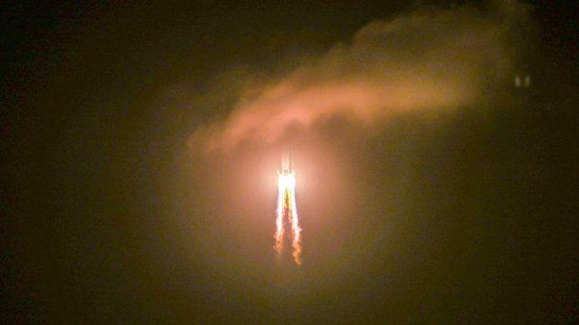 Un cohete chino totalmente fuera de control impactaría el fin de semana en la atmósfera terrestre