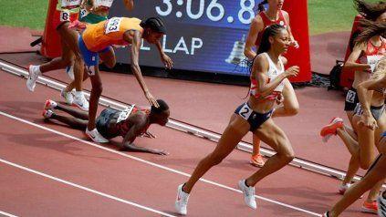 Tropezó, quedó última, se levantó y al final ganó medalla de oro