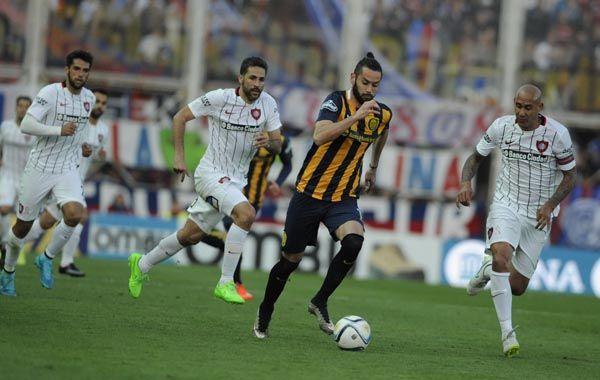 Pensamos en salir segundos para clasificar directo a la Libertadores, dijo Larrondo