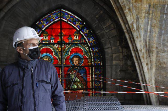 Macron recorrió la catedral